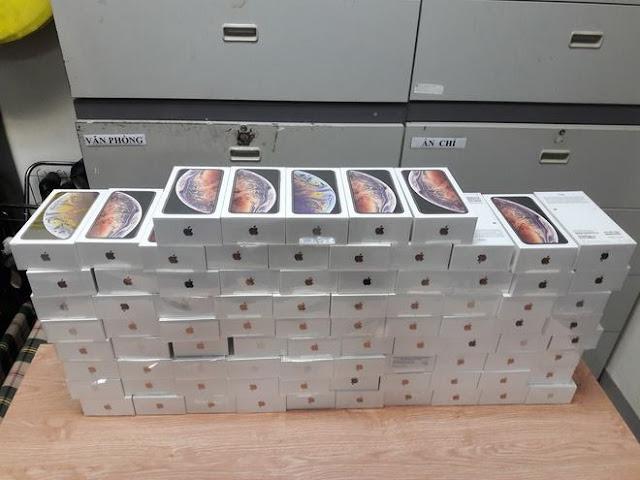 lô hàng hơn 250 iPhone XS Max