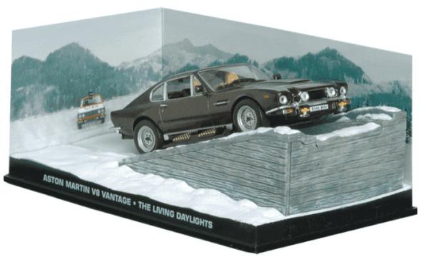 Aston Martin V8 Vantage - The living daylights 1:43 colección james bond