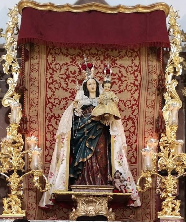 La Junta restaurará la Virgen de la Paz, de la cofradía de los Favores