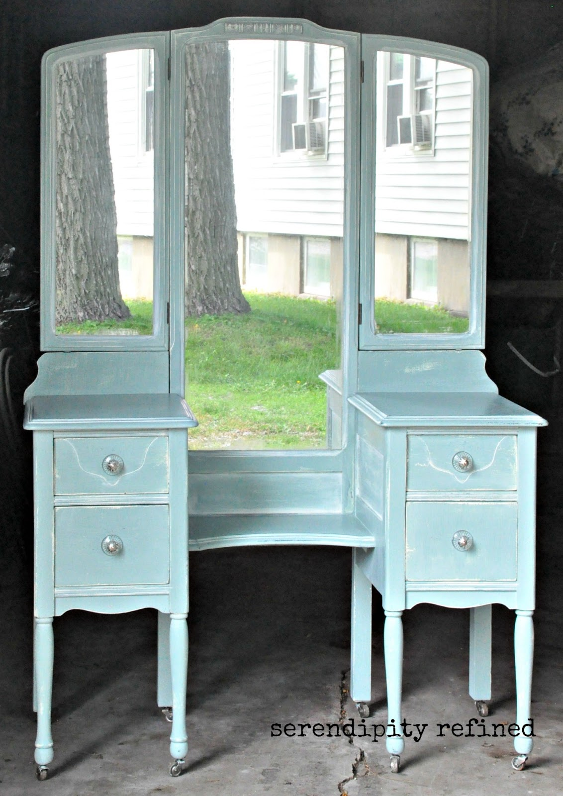 Painted Vanity Furniture: Serendipity Refined Blog: Help With YOUR DIY #4: Chalk