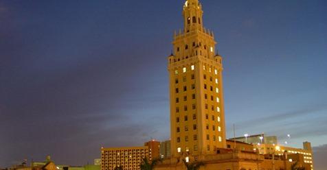 EE.UU: Emblemática Torre de la Libertad será iluminada con colores de la bandera en honor a periodistas venezolanos.