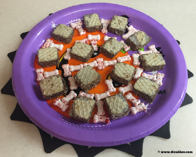 Halloween Party Food Decor