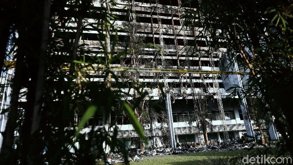 Kejagung Jawab Dugaan Amien Rais soal Gedung Dibakar 'Orang Dalam'