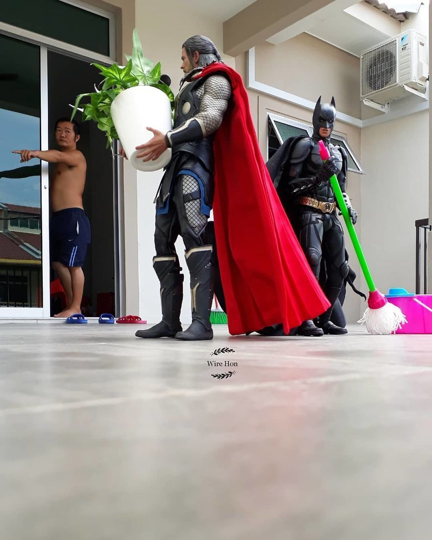 12 Gambar Superhero Jadi Orang Suruhan Rakyat Malaysia