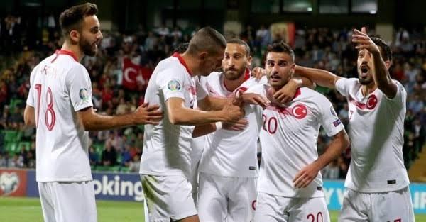 تشكيل تركيا ضد فرنسا عبر سوفت سلاش
