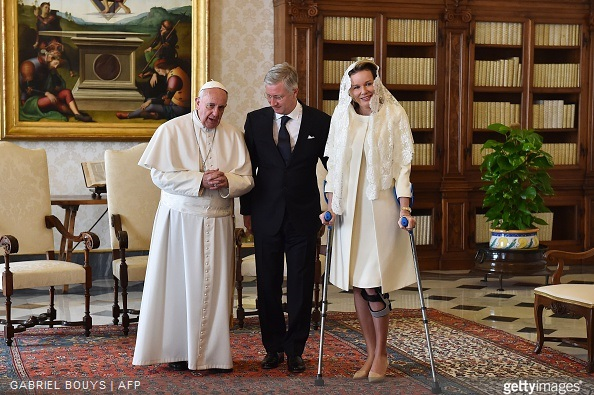 Pope Francis (L) speaks with King Philippe - Filip of Belgium and Queen Mathilde of Belgium during a private audience on March 9, 2015 at the Vatican