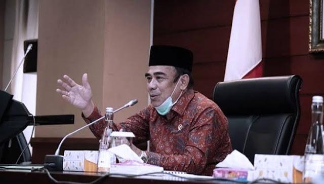 Sejak Kementerian Agama (Kemenag) dipimpin Fachrul Razi, kinerja dan birokrasi Kemenag terus disorot. Di masa pandemi ini misalnya, Fachrul Razi dinilai cenderung lepas tangan terhadap penanganan Covid- 19 di pesantren