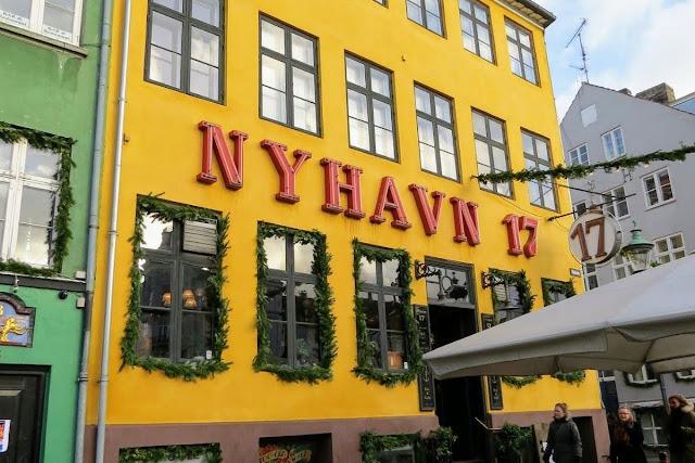Copenhagen in winter: Nyhavn 17
