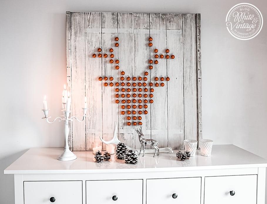 Hirschbild aus Weihnachtskugeln basteln