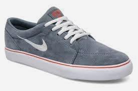 72fcf26a28 nike tambien ah sacado zapatillas formales para salir .como estas: