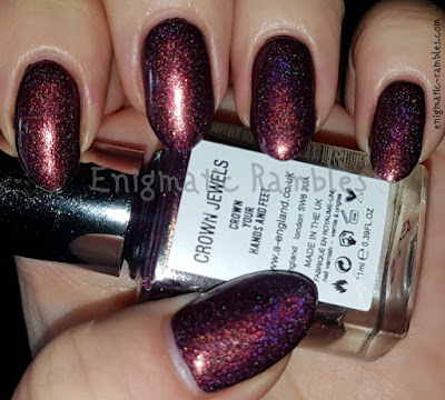 Swatch-A-England-Crown-Jewels-Tales-from-the-Tower-Collection