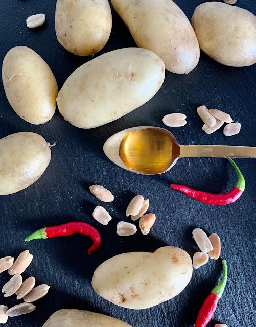 Kartoffeln, Erdnüsse, Rosmarin, Öl, Erdnuss-Chili-Öl, Rezept, Püree, Kartoffelpüree, glutenfrei, vegan, schnell, einfach, scharf, nussig