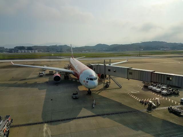 【航空体验】日本北九州亲子游@Day1 亚航长途AirAsia X A330-300 吉隆坡KUL往返日本福冈FUK  福冈国际机场交通+机场资讯