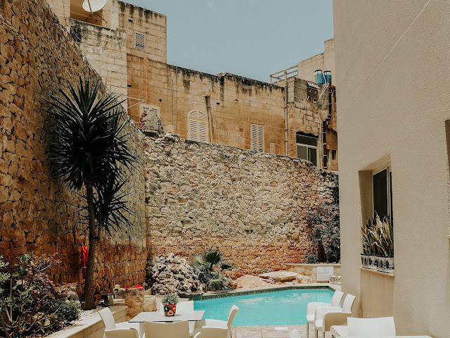 Malta holiday - is it worth a visit - palazzo violetta hotel swimming pool
