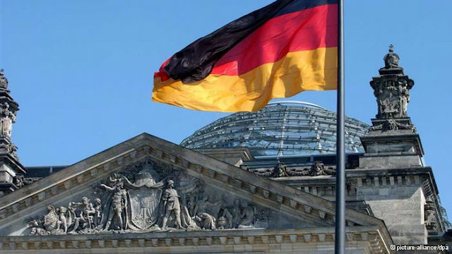 المانيا تقرر استقبال اكثر من 10000 لاجئ من دول الإتحاد الأوربي