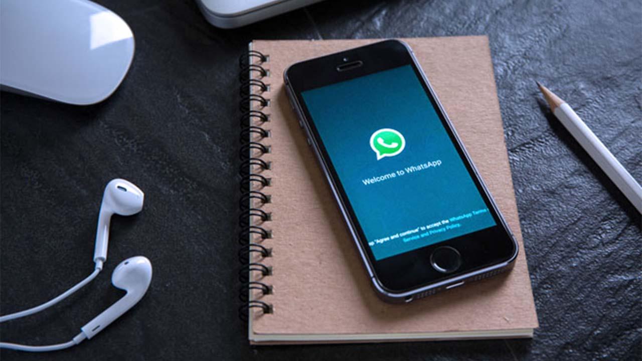 Bayar Tagihan Online Kini Bisa via Aplikasi WhatsApp