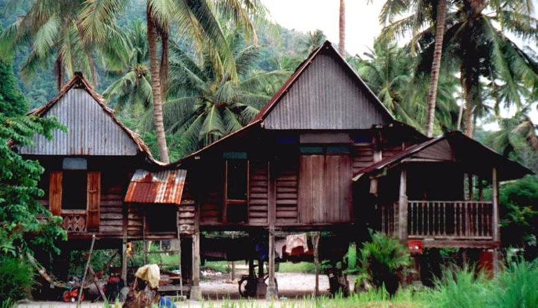 an analysis traditional malay architecture in Traditional malay house in kelantan can be found in two types they are the single house and the twelve post house malay architecture in terra puri.