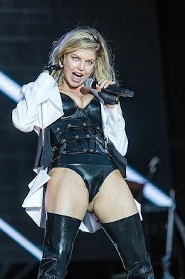 Fergie wardrobe malfunction