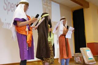 http://catechismekt42.blogspot.com/2014/06/chur-parlesketch-le-royaume-de-dieu-en.html