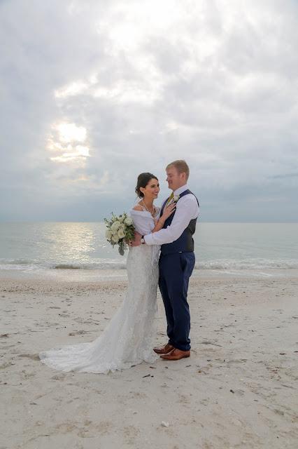 fort myers beach wedding at beach area