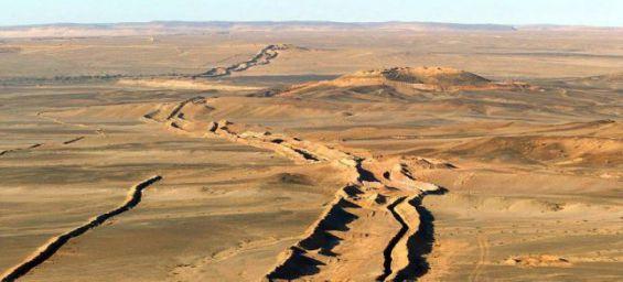 Le Maroc a construit un mur de sables infranchissable pour le polisario.