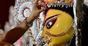25 मार्च से 2 अप्रैल तक चैत्र माह नवरात्री आप इन दिनों मां दुर्गा के मंत्र का जाप कर सकते हैं।