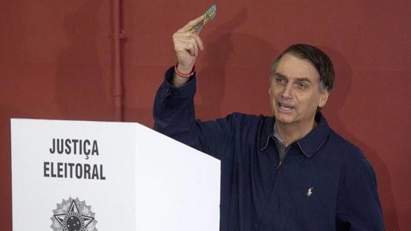 Bolsonaro es abiertamente opuesto al socialismo que implantó el PT durante 13 años / AFP