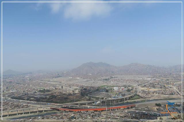Vista de Lima do Cerro de San Cristóbal, em Lima