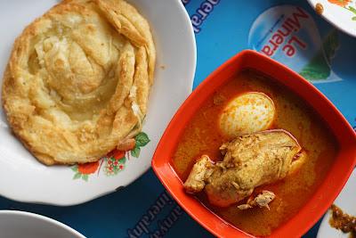Roti cane dan Kari Ayam Telur Warkop Ci Meng