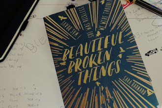 Beautiful Broken Things: </br>A Beautifully Crafted And Powerful Read