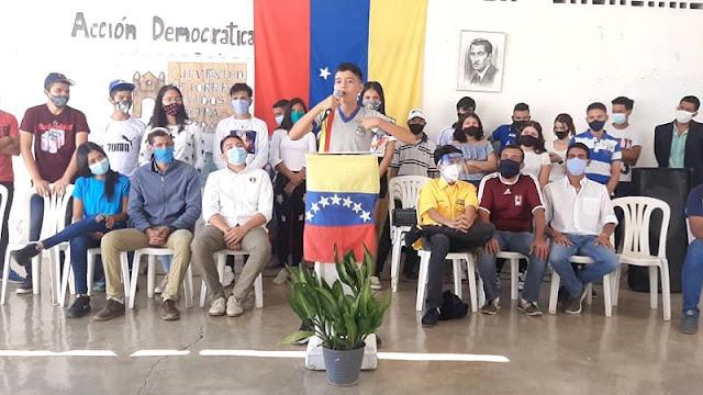 JUVENTUD TORRENSE NUNCA PERDAMOS LA FE NI LAS FUERZAS DE LUCHAR POR VENEZUELA