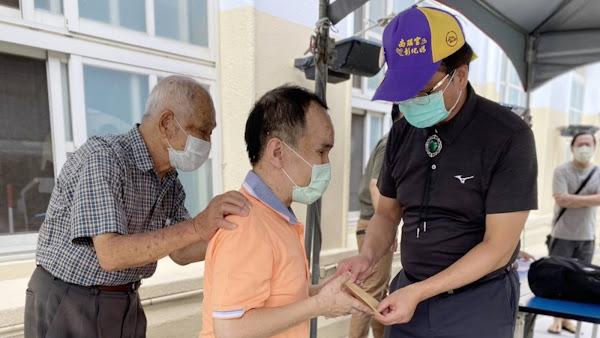 大自然健行會展現大愛 集資助視障者度疫情難關