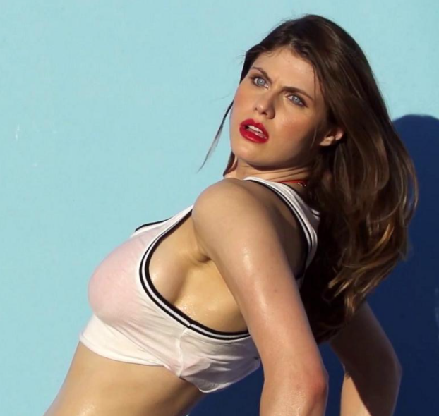 Alexandra Daddario wallpaper hot