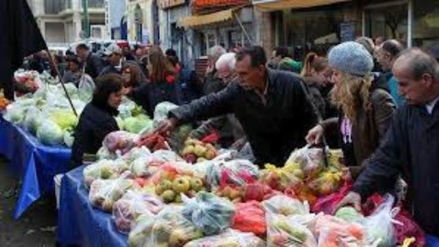 Παραγωγοί και πωλητές λαϊκών αγορών παραμένουν εκτός των μέτρων στήριξης