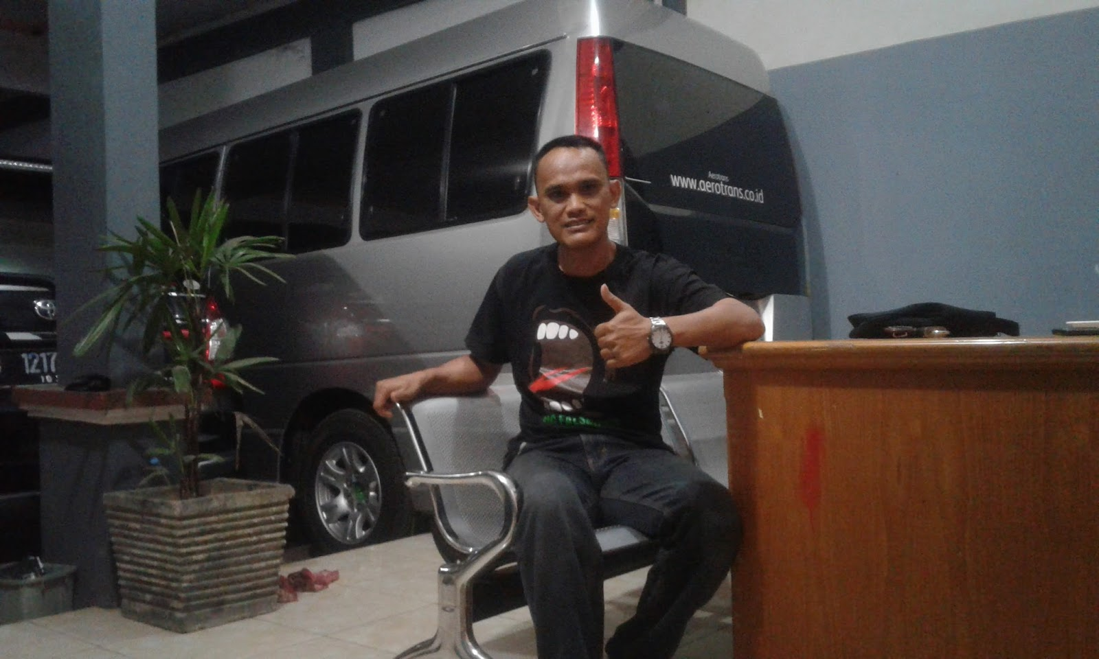 garut tour guide kang budi rental mobil dan motor harga murah di garut. Black Bedroom Furniture Sets. Home Design Ideas