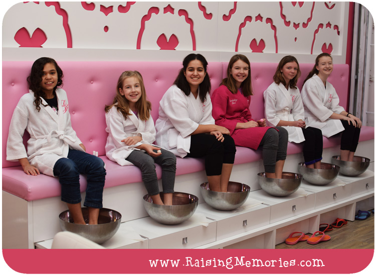 Tween Glama Gal Spa Birthday Party
