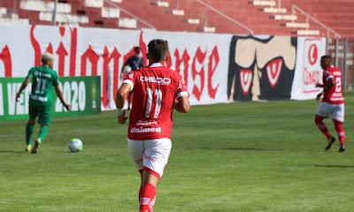 Vila Nova goleia o Cuiabá e chega as semifinais da Copa Verde