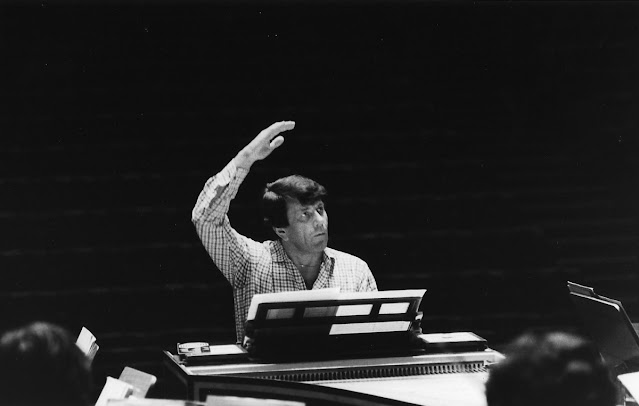 Raymond Leppard rehearsing the English Chamber Orchestra in 1980