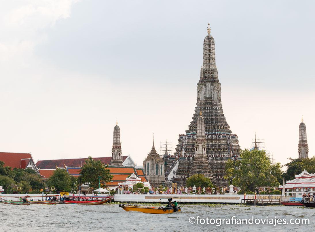 Wat Arun o templo del amanecer en Bangkok