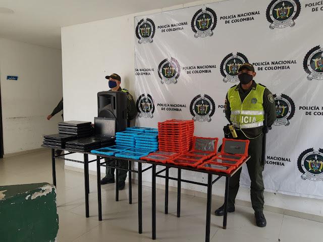 Recuperados 94 equipos robados en el colegio Ángela María Torres de Becerríl