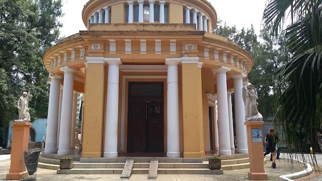 Capela projetada por Ramos de Azevedo