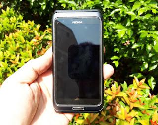 Hape Jadul Nokia E7 Seken Mulus Symbian QWERTY Touchscreen