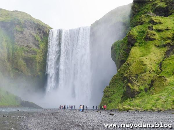 Rundreise durch Island - Beeindruckende Wasserfälle im Süden und Geysire