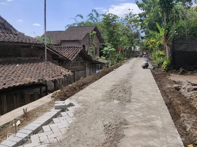Pavingisasi Nampaknya Menjadi Prioritas Desa Kauman Kecamatan Sine