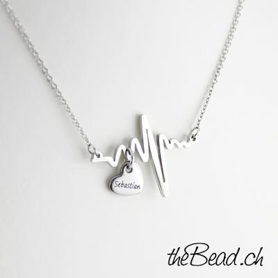 Herzschlag collier halskette mit gravur herz anhänger geschenkidee