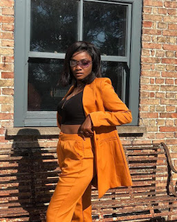 "Fat belly Simi"" – Simi Flaunts Bare Belly In New Chic Photo"