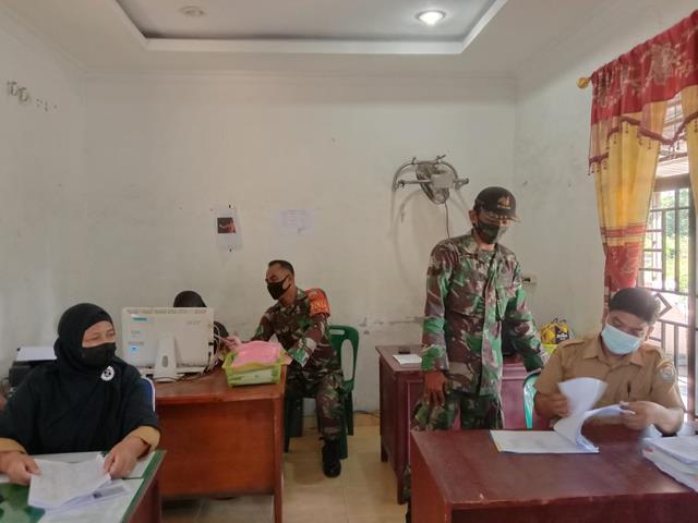 Bangun Sinergitas Dan Tingkatkan Kerja Sama, Personel jajaran Kodim 0208/Asahan Laksanakan Komsos Dengan Perangkat Desa