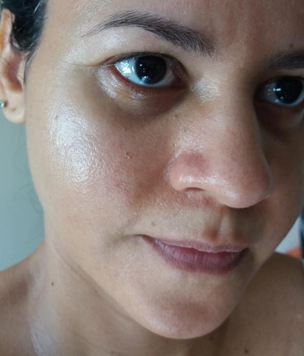 Resenha-Primer-diário-Sunmax-aplicado-no-rosto