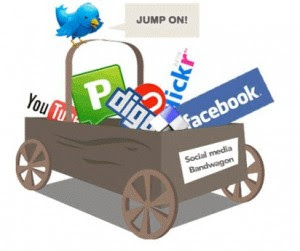 Promote-Your-Business-Online-Through-Social-Media-Websites