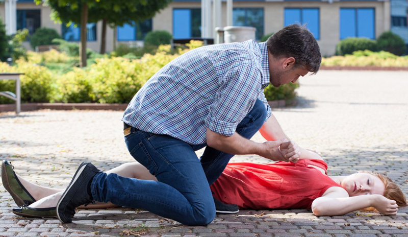 What to Do and What Not to Do If You Witness a Seizure